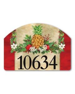 Holiday Pineapple Yard DeSign